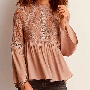 American Eagle brown lace peasant boho top